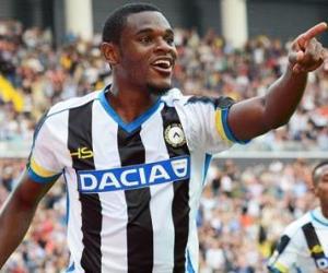 Duván Zapata anotó en Italia