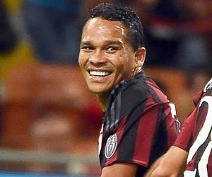 Doblete de Carlos Bacca con el Milán
