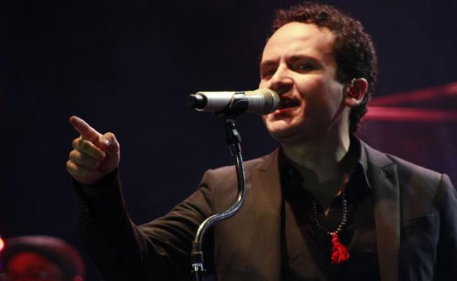 Fonseca explora nuevos ritmos en su nuevo álbum 'Conexión'