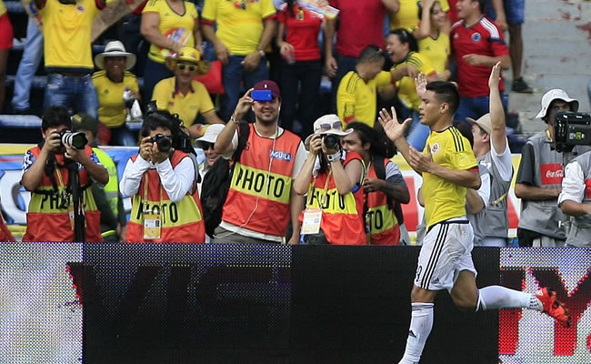 Colombia vs. Perú. Foto: EFE