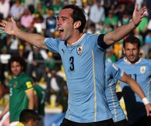 Eliminatorias: Uruguay derrotó a Bolivia en La Paz