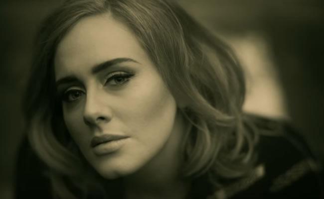 Así suena 'Hello', lo nuevo de Adele