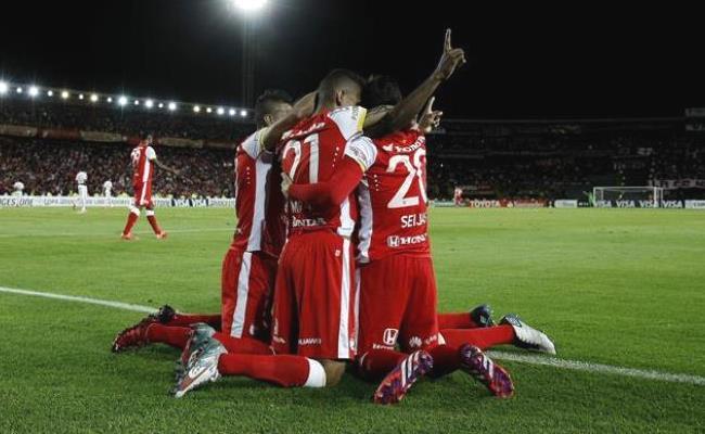 Santa Fe llegaba con la ventaja de haber ganado 0-1 en Argentina. Foto: EFE
