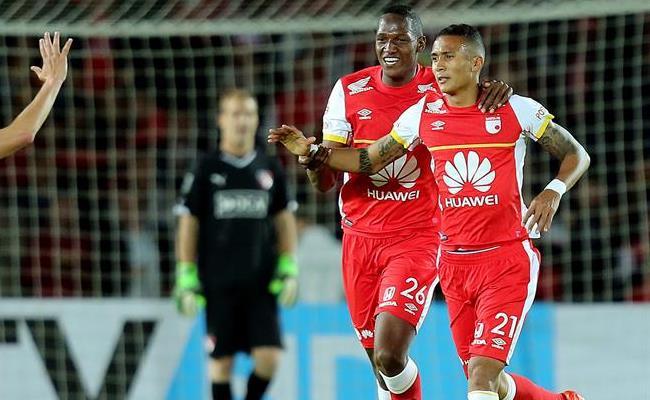 Santa Fe viene de eliminar a Independiente de Argentina. Foto: EFE