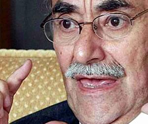 Horacio Serpa le escribe una carta de despedida a su bigote