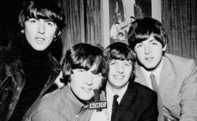 Guitarra de los Beatles fue subastada en 2,4 millones de dólares