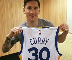 Stephen Curry le envió un regalo a Lionel Messi
