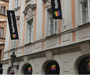 Apple lleva su colección de piezas a Praga