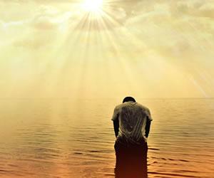 Año Nuevo: Rezar el salmo 91 a medianoche para protección