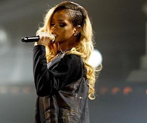 Rihanna sorprendió con su nuevo álbum 'ANTI'