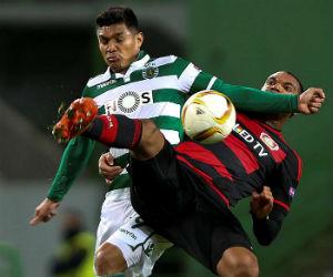 Sporting Lisboa cedió terreno tras perder ante el Bayer Leverkusen