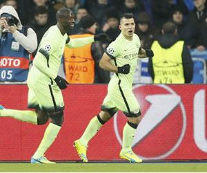 Manchester City venció al Dinamo Kiev con gol de Sergio Agüero