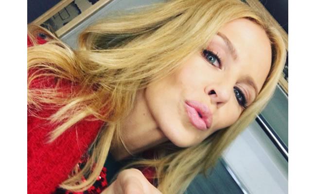 Pelea de famosas: ¿Kylie Minogue vs. Kylie Jenner?