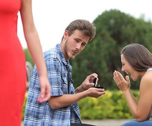 ¿Cómo evitar que mi esposo mire a otras mujeres?