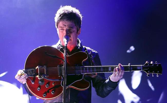 Noel Gallaguer en escenario. Foto: EFE