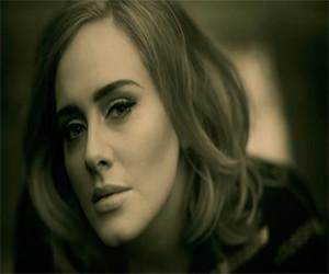 Adele es víctima de un 'hacker' que divulga fotos privadas de la artista