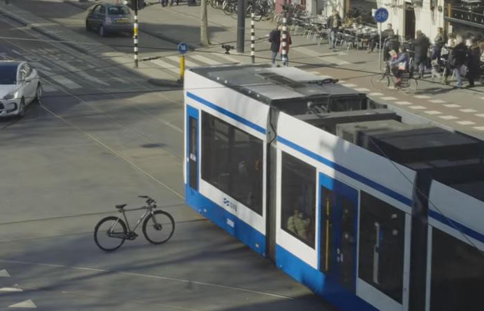 Bicicleta autónoma (Broma de Google). Foto: Youtube