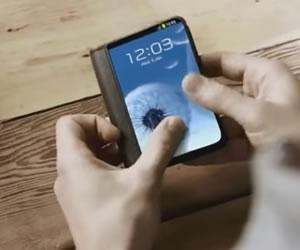 Samsung lanzaría Smartphone con pantalla plegable en 2017