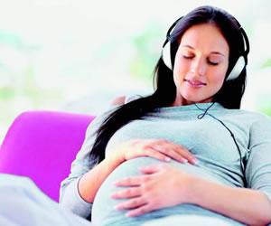 Crean tapón para que el feto pueda escuchar música