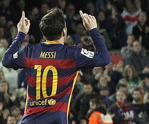 Lionel Messi consigue su gol 500 en plena crisis del Barcelona
