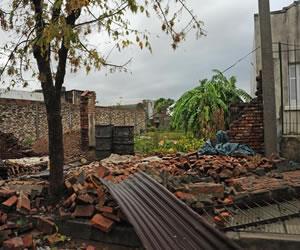 Uruguay: El paso de un tornado deja siete personas muertas
