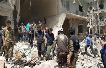 En Alepo, Siria, bombardeos dejan cientos de civiles muertos