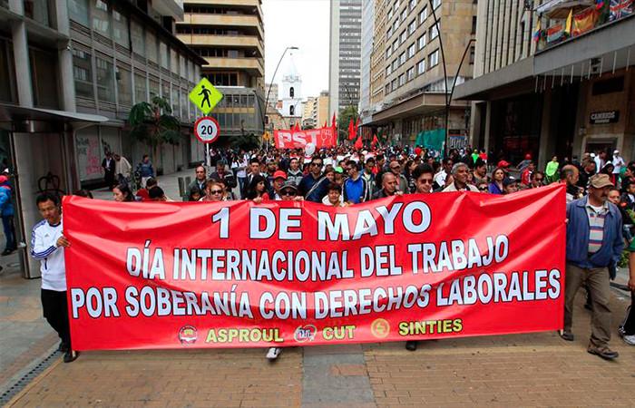Resultado de imagen para TRABAJADORES EN COLOMBIA MARCHAN POR REIVINDICACIONES LABORALES