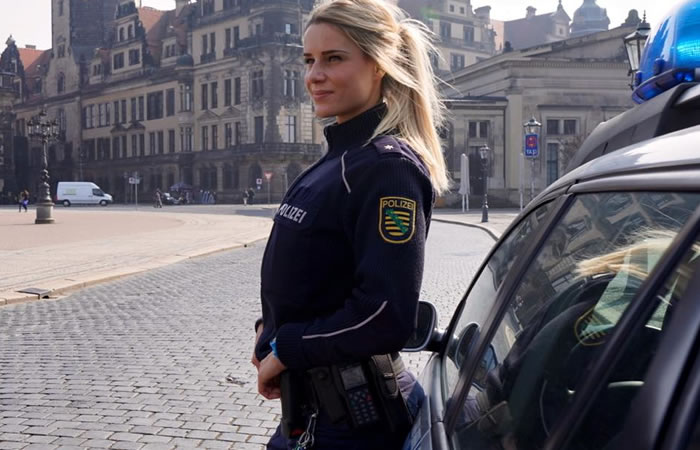 Adrienne Koleszár, Policía y deportista Alemana. Foto: Facebook