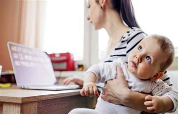¿Cuánto tiempo destinan las madres de Colombia a las redes sociales?