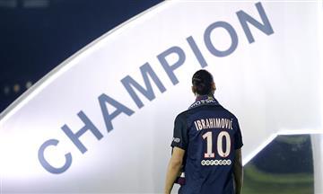 Ibrahimovicse despide del PSG haciendo historia