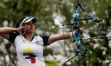 Sara López gana tres oros en la Copa del Mundo de Tiro con Arco
