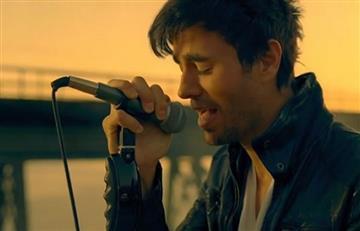Enrique Iglesias y Wisin cantan 'Duele el Corazón'