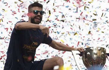 YouTube: Piqué imitó a Cristiano Ronaldo y causó risa entre sus compañeros