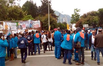 ETB: Fuerte manifestación en contra de su venta