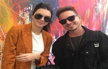 """J Balvin presenta su """"novia"""" Kendall Jenner en redes sociales"""