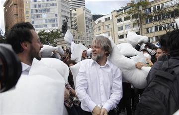 La guerra de almohadas promovida por Antanas Mockus