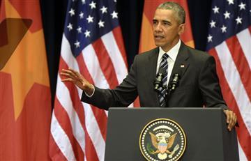 Barack Obama y su sencillez en su llegada a Vietnam