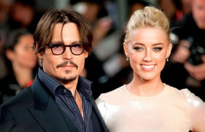 Johnny Depp se divorcia de Amber Hard