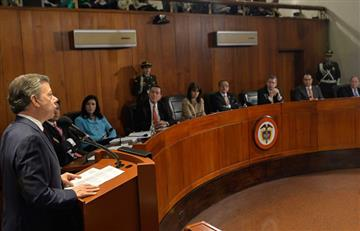 Santos pide a Corte Constitucional autorizar plebiscito de acuerdo de paz