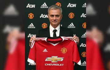 ManchesterUnitedpresenta a Mourinho como nuevo técnico