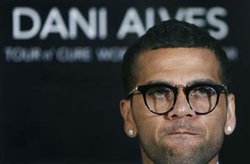 Dani Alves no seguirá en el Barcelona