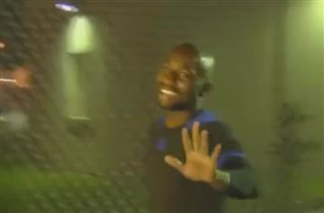 Pablo Armero salió sonriendo de la cárcel de Miami