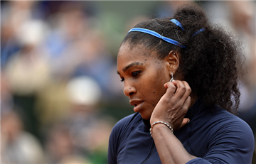 Roland Garros: Serena Williams es vencida por Muguruza