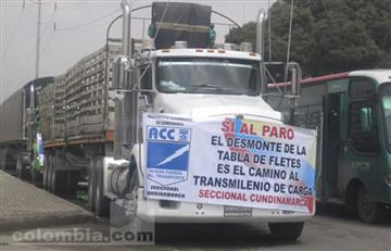 Gobierno colombiano llama a camioneros a no comenzar huelga esta noche