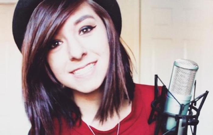 Christina Grimmie es asesinada mientras firmaba autógrafos
