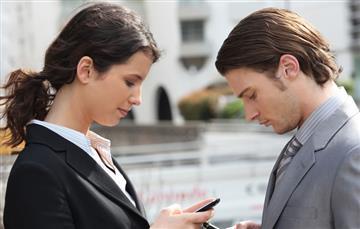 Cuatro formas de usar el smartphone con prudencia
