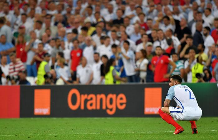 Con este empate, Inglaterra queda detrás de Gales en el grupo B. Foto: EFE