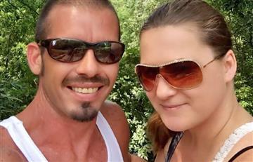 Una mujer renuncia al trabajo para amamantar a su novio de 36 años