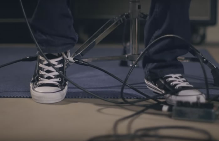Converse incorpora pedal Wah para guitarra en zapatillas