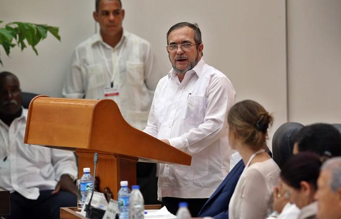 Jefe de las Farc, 'Timochenko' habla acerca de la firma del cese bilateral. Foto: EFE